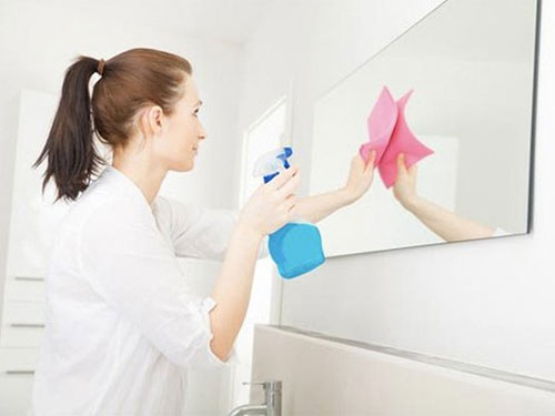 cách làm sạch nhà tắm 3