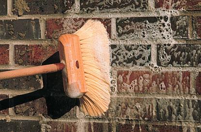Cách vệ sinh tường gạch