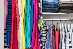 Cách sắp xếp tủ áo